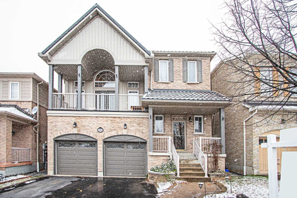 26 Loughlin Hill Cres, Ajax