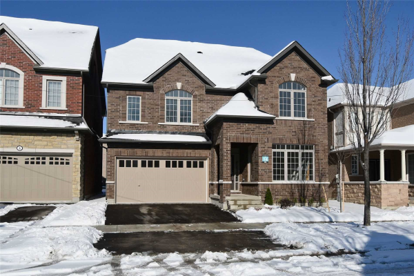 6 Schoolbridge St, Ajax