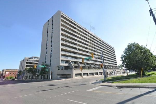 50 Richmond St E, Oshawa