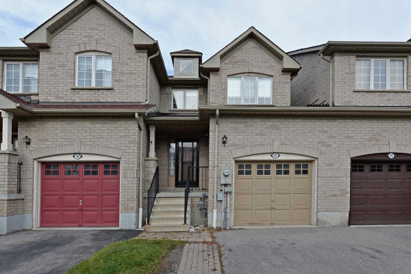 102 Bean Cres, Ajax
