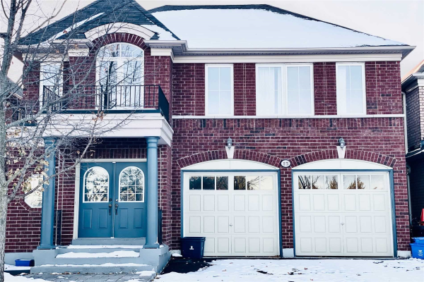 15 Whitbred Cres, Ajax