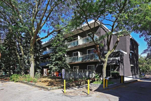 123 Woodbine Ave, Toronto