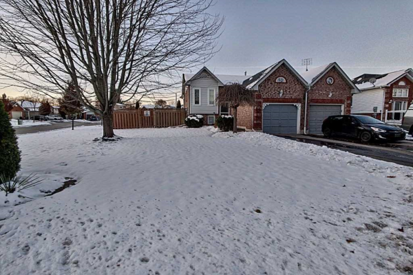 60 Fenwick Ave, Clarington