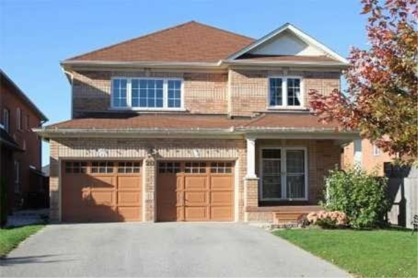 20 Neill Ave, Whitby
