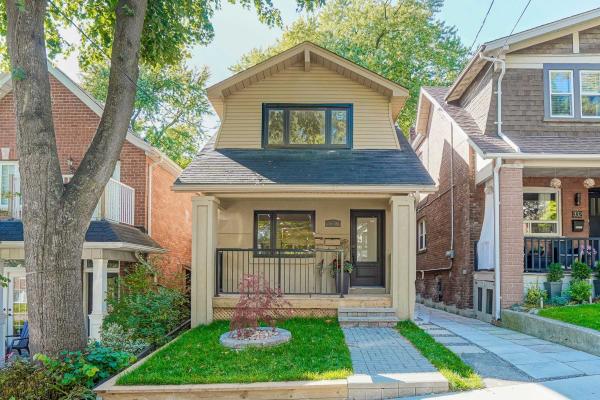 330 Lee Ave, Toronto