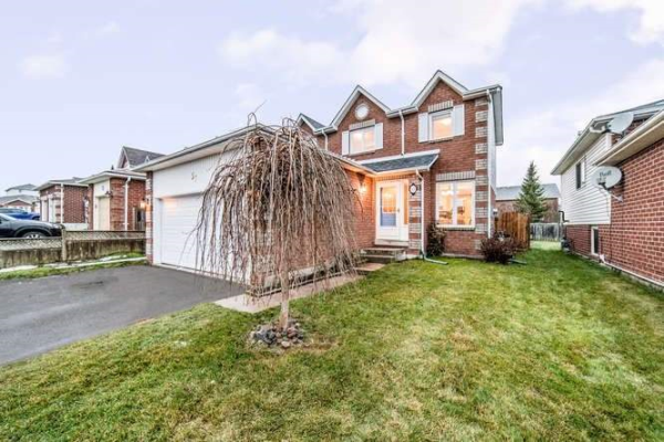 57 Hooper Sq, Clarington