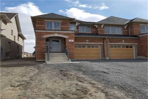 2449 Dress Circle Cres, Oshawa
