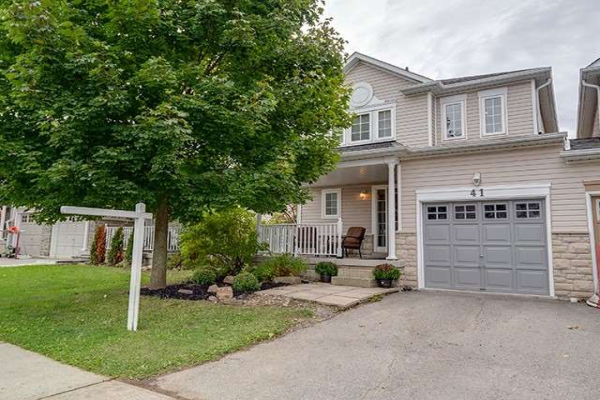 41 Corianne Ave, Whitby