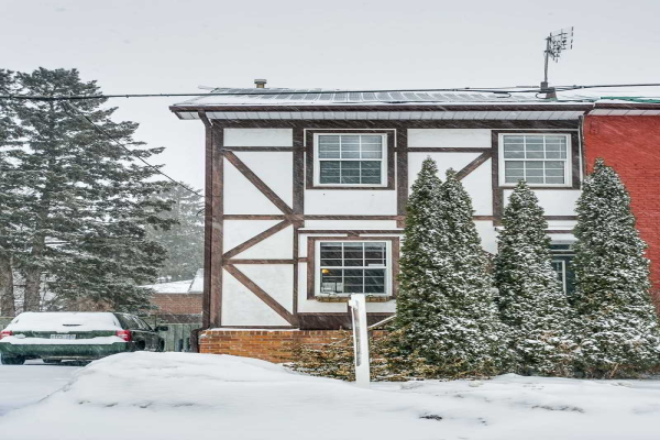 33 Brown St, Clarington