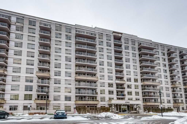 1200 The Esplanade N, Pickering