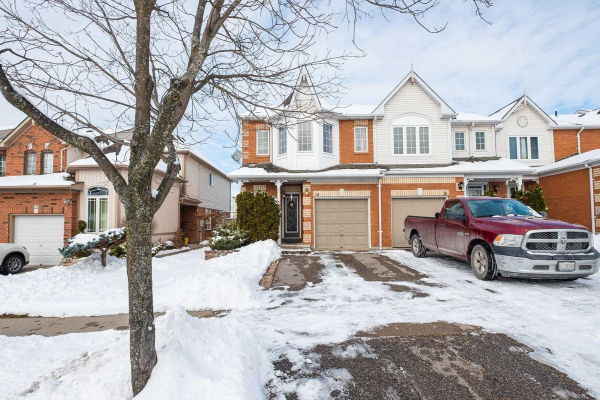 14 Jays Dr, Whitby
