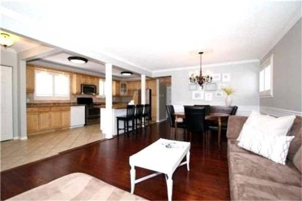 916 Sanok Dr, Pickering