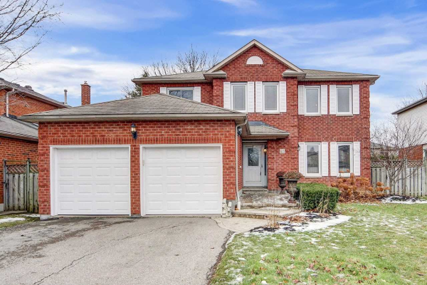 63 Stafford Cres, Whitby
