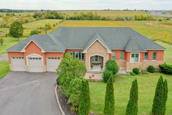 6353 Country Lane, Whitby