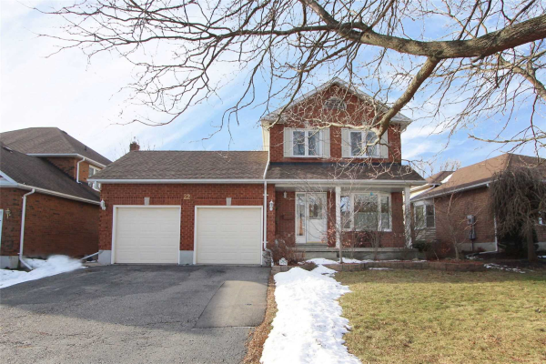 22 Foster Creek Dr, Clarington