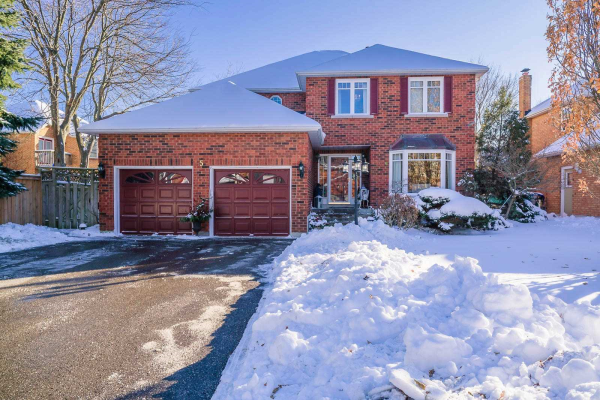 5 White Cliffe Dr, Clarington