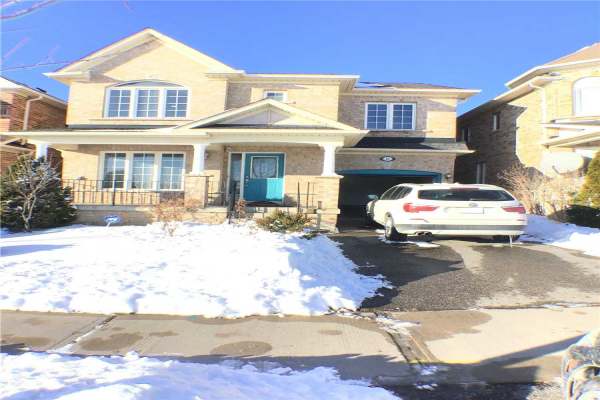 6 Mansbridge Cres, Ajax