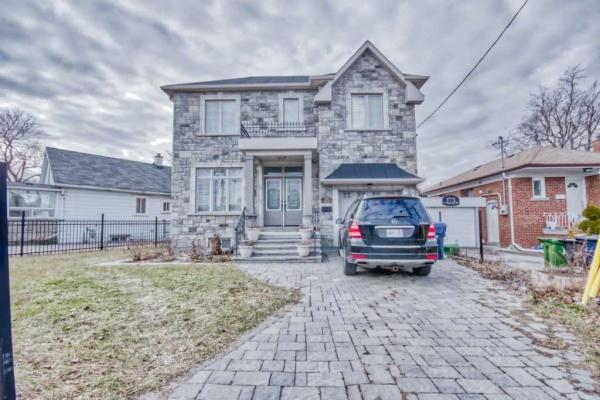 2A Falmouth Ave, Toronto