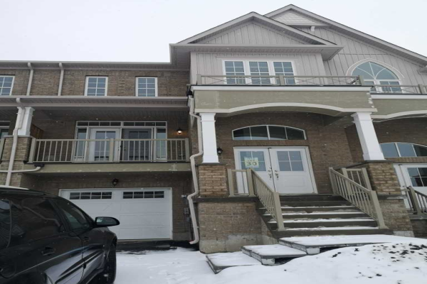 124 Elephant Hill Dr, Clarington