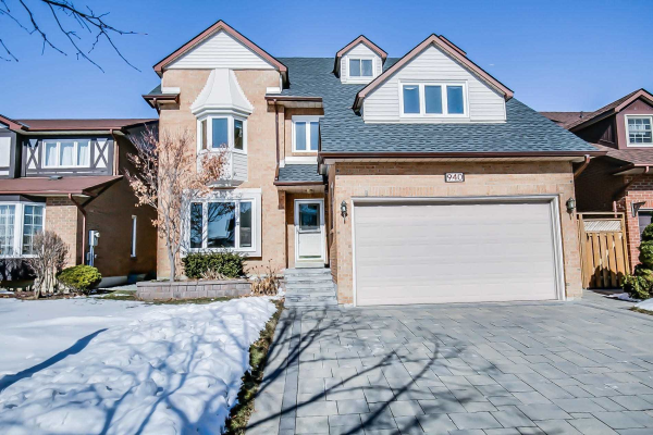 940 Glenanna Rd, Pickering
