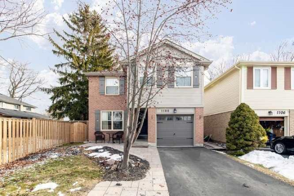 1108 Moorelands Cres, Pickering