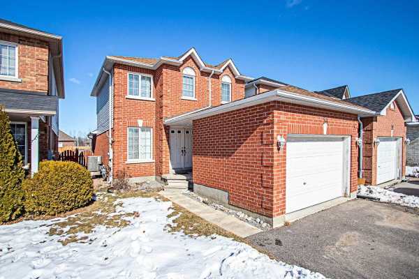 54 Daiseyfield Ave, Clarington