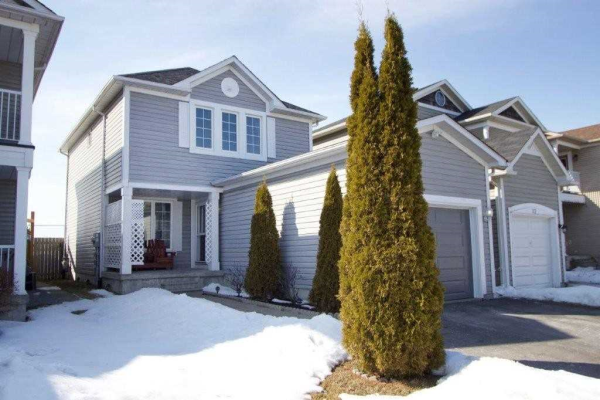34 Hammond St, Clarington