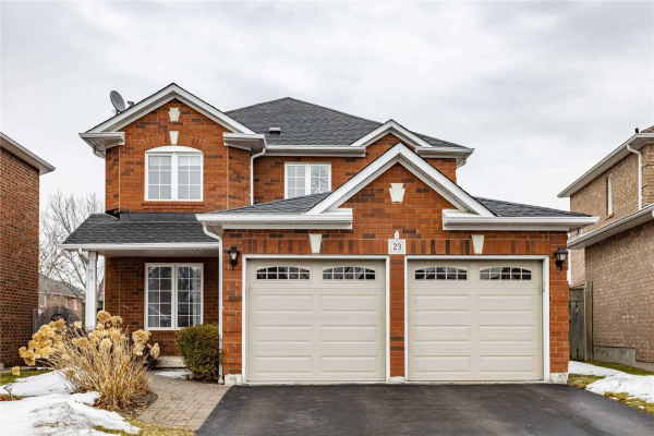23 Berkshire Crt, Whitby