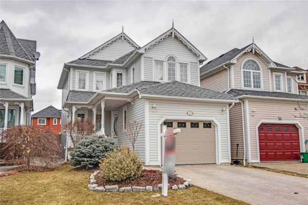 32 Wells Cres, Whitby