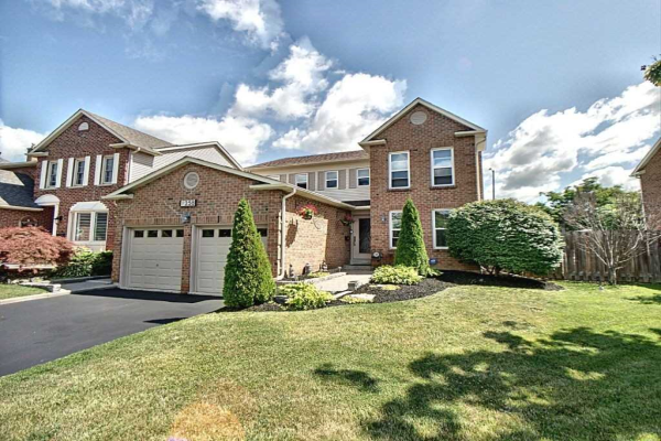 1258 Barnwood Sq, Pickering