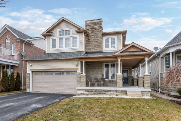 50 Charest Pl, Whitby