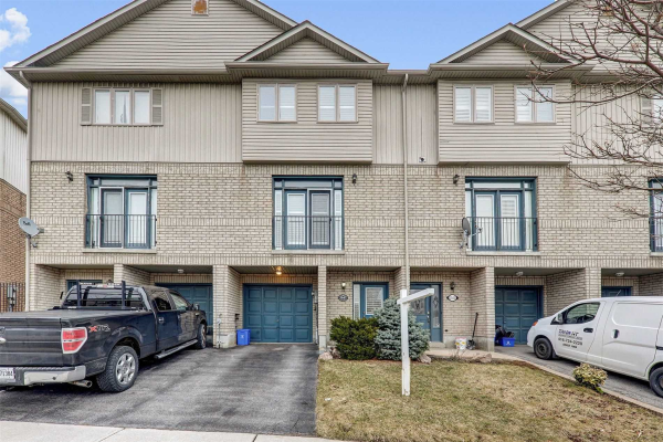1547 Hummingbird Crt, Pickering