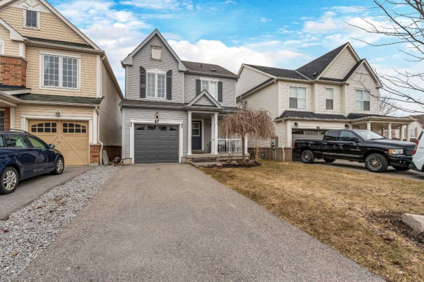 47 Teardrop Cres, Whitby