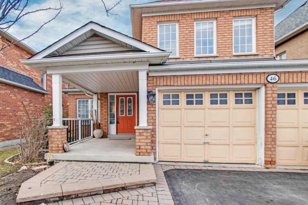 46 Warwick Ave, Ajax