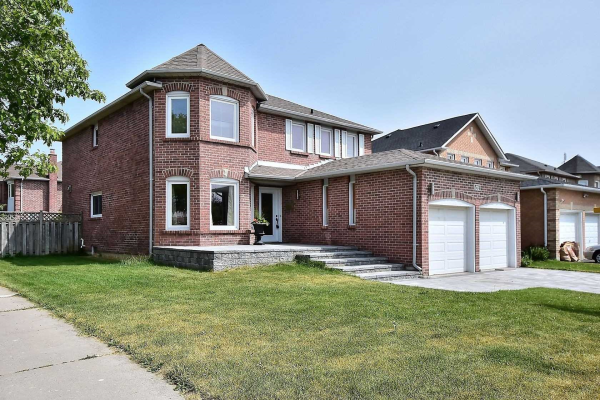574 Strouds Lane, Pickering