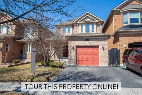 77 Bach Ave, Whitby