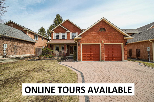 7 Stargell Dr, Whitby