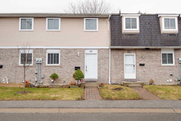 1331 Glenanna Rd, Pickering
