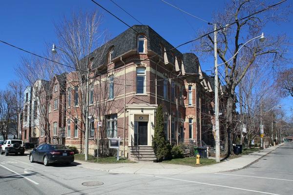 112A Morse St, Toronto