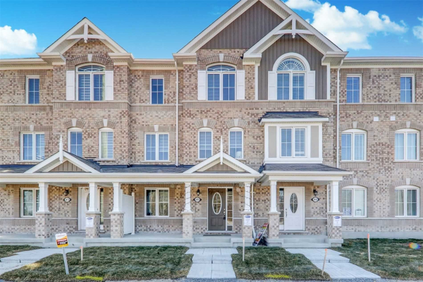 2470 Fall Harvest Cres, Pickering