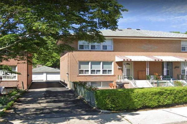372 Highfield Rd, Toronto