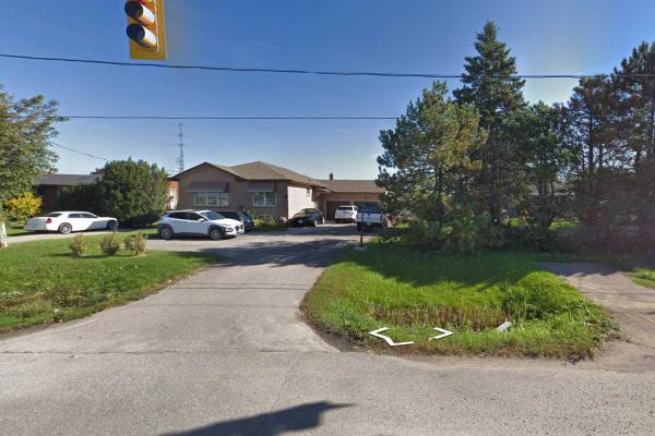 1663 Bowmanville Ave, Clarington