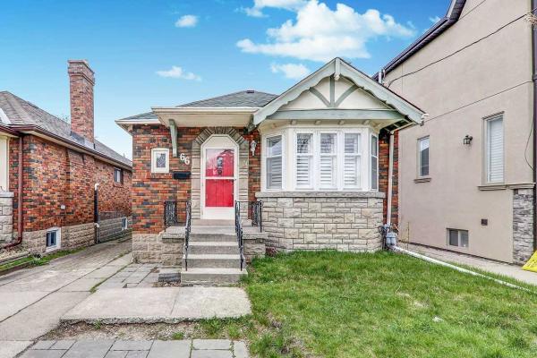 66 Fairside Ave, Toronto