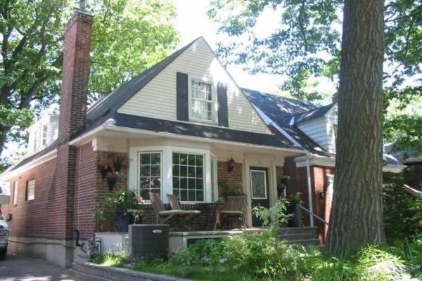15 Blantyre Ave, Toronto