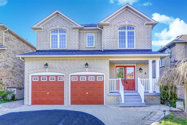 6 Pardon Ave, Whitby