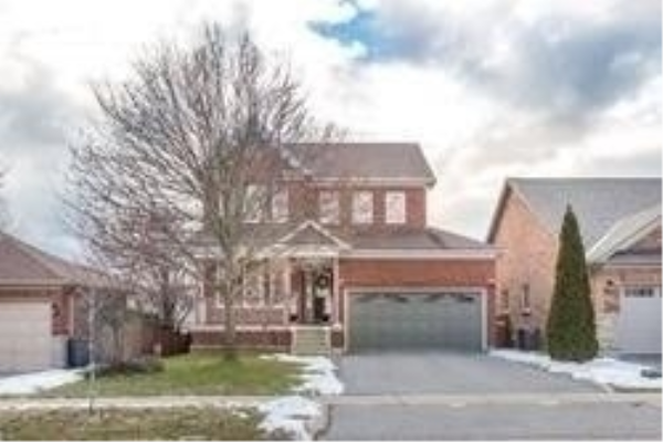 24 Darius Harns Dr, Whitby