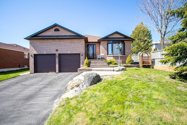 116 Meadowview Blvd, Clarington