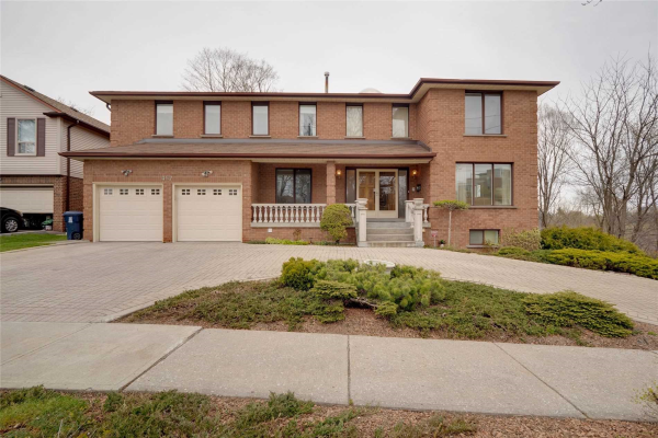 457 Scarborough Golf Clu Rd, Toronto