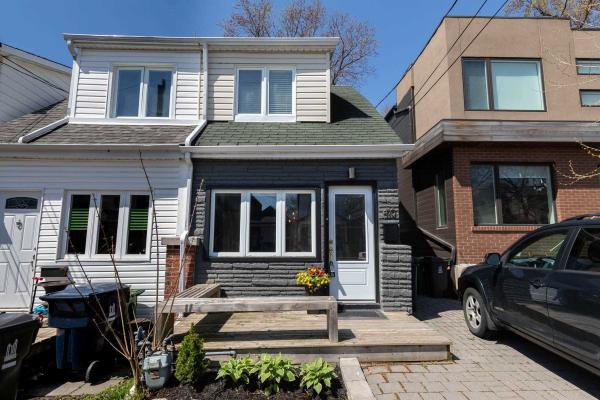 410 Rhodes Ave, Toronto