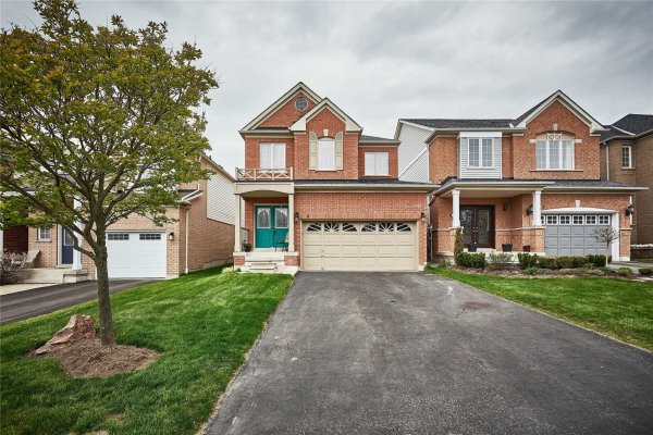 6 Lonsdale Crt, Whitby